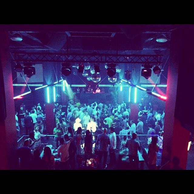 dj-three-club-vertigo